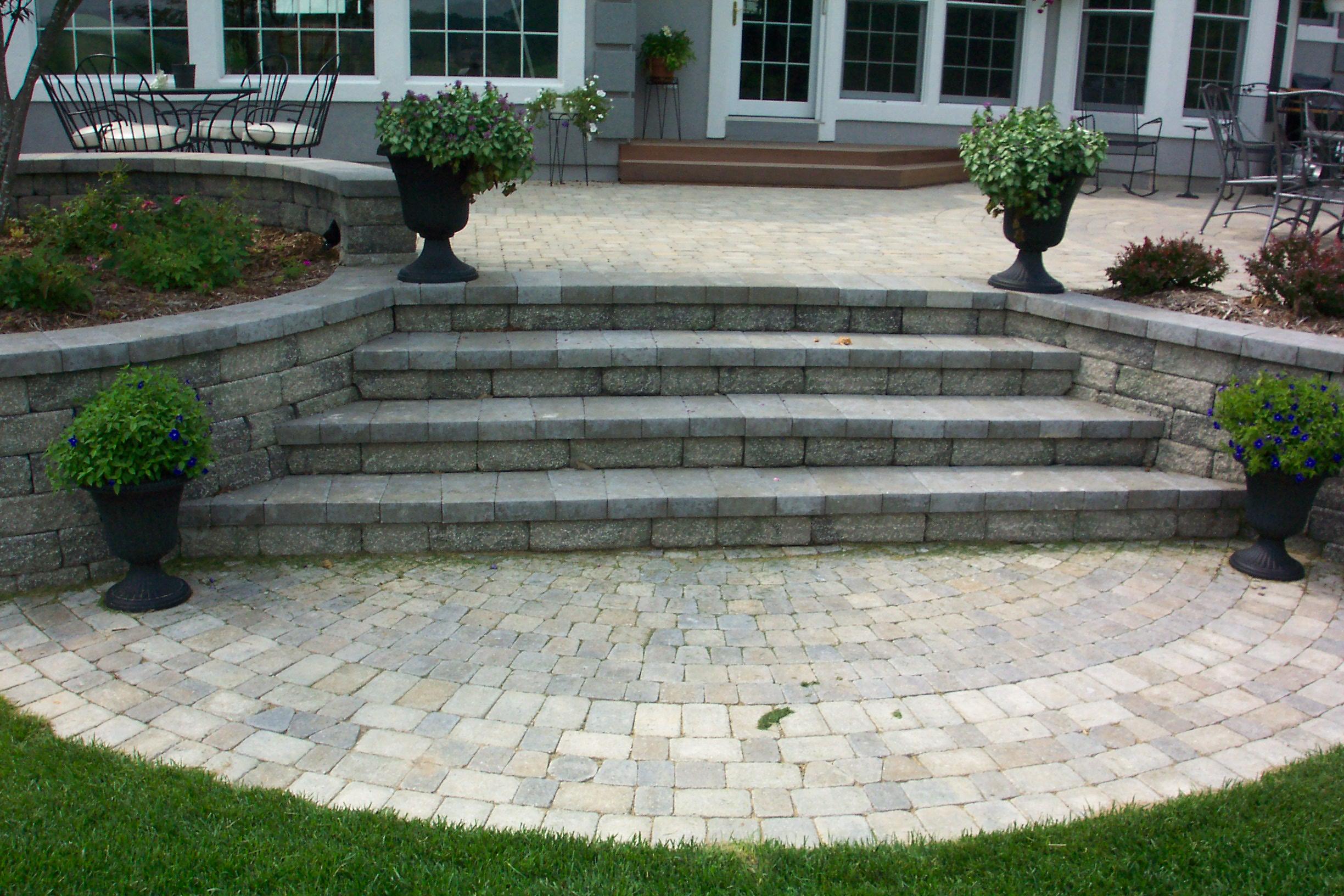 Landscaping Wall Steps : Steps and retaining walls rosemont nursery
